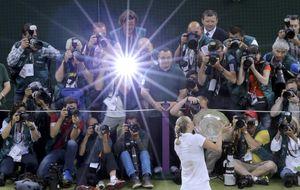 A Kvitova, la elegida para suceder a Navratilova, sólo le frena la fama