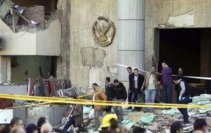 El terrorismo ataca el cuartel general de la Policía en El Cairo