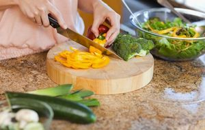 No creas todos los mitos de la alimentación: la sal no engorda