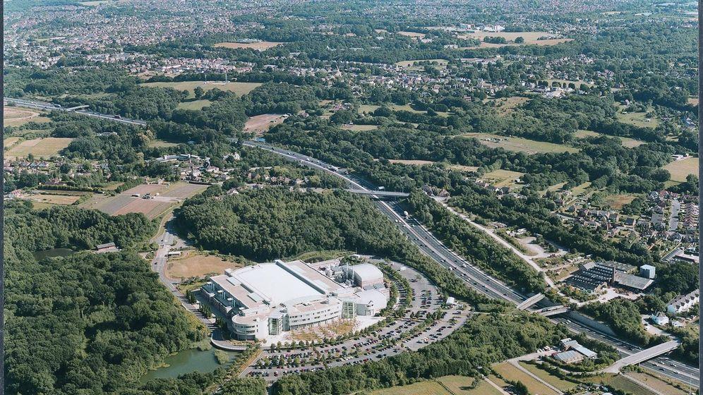 Foto: El Centro de Control Aéreo de Swanwick, donde está ubicado el GSMC. (Flickr)