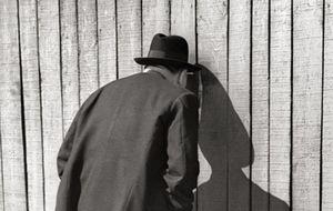 Fred Stein, el fotógrafo que espiaba en las calles
