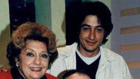 Valderrama, el hijo de Dolores Abril, destrozado por la muerte de su madre
