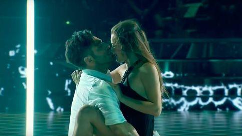 El beso más comentado de David Bustamante y Yana Olina, la pareja bailarina