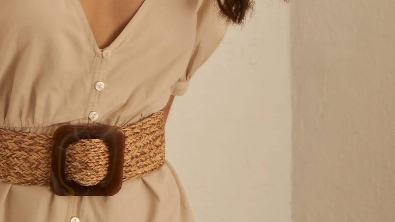 Cinturón de rafia de Stradivarius. (Cortesía)