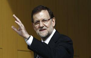 Rajoy eleva en 40 millones los bonus a funcionarios tras congelar su sueldo
