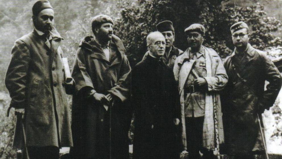 Los moros que 'liberaron' Covadonga en 1937 (que Vox y Abascal prefieren ignorar)