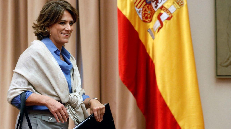 Gobierno y PSOE cierran filas para sostener a la ministra Delgado... por el momento
