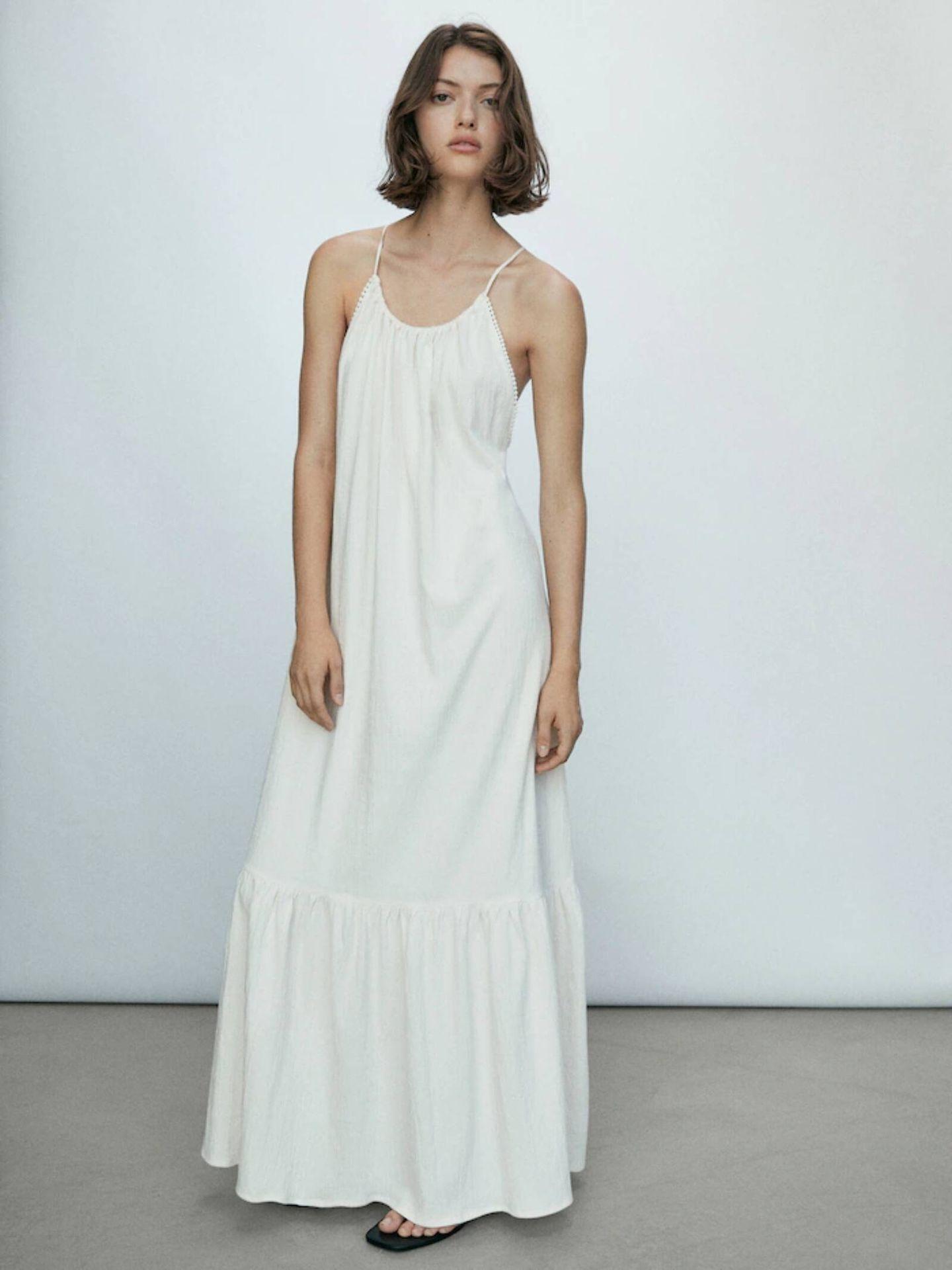 Vestido de Massimo Dutti para bodas al aire libre. (Cortesía)