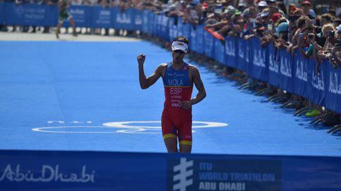Mario Mola vence en la primera prueba de las Series Mundiales de Triatlón