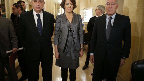 Yolanda Barcina y Manuel Pizarro, en el funeral de la mujer de Alierta
