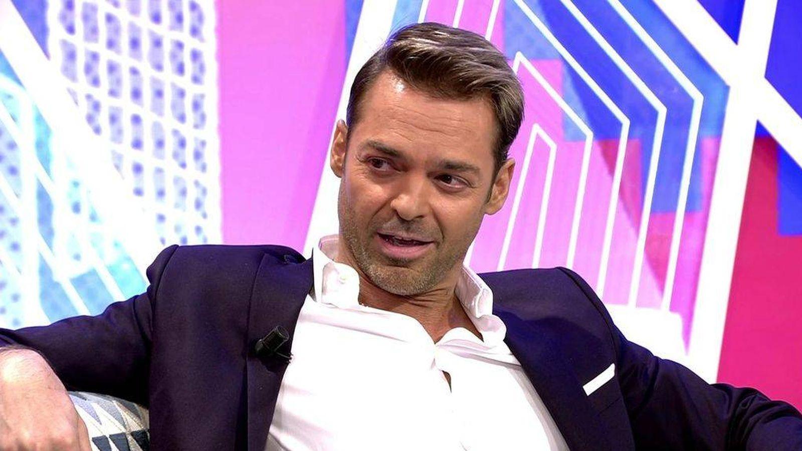 Foto: Hugo Castejón, en 'Sábado Deluxe'. (Mediaset).