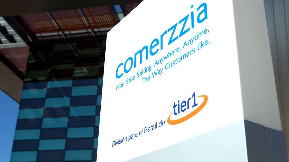 Foto: Logo de Comerzzia en la sede de Tier1 en Sevilla. (Foto: Tier1)