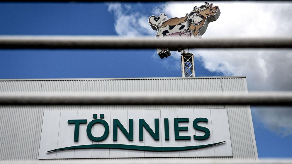 Foto: Logo de la empresa de procesamiento de carne implicada en el nuevo brote en Alemania. (Reuters)