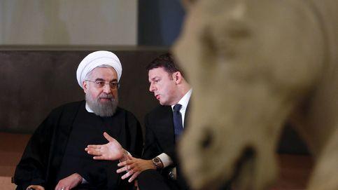Cubran esos pechos y genitales de piedra: Rouhani está en Roma