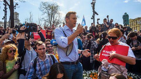 Detenido el opositor ruso Nalvani entre más de mil manifestantes contra Putin