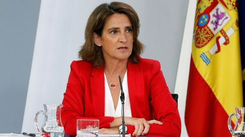 Ribera suspende seis meses el impuesto a la generación y elimina el céntimo verde