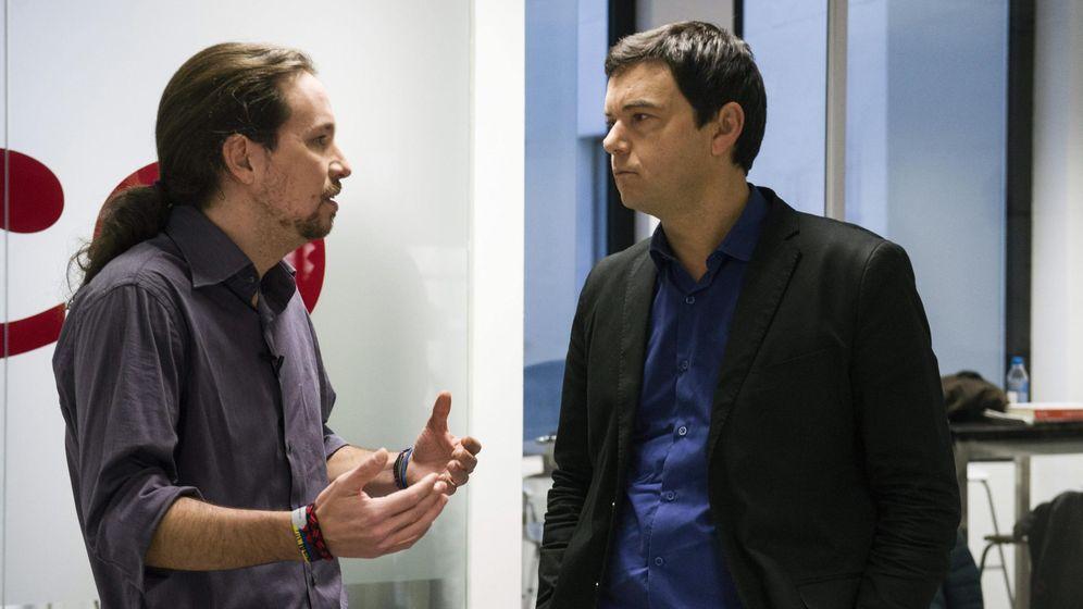 Foto: Pablo Iglesias y Thomas Piketty tras una reunión entre ambos celebrada el pasado mes de enero en Madrid. (EFE)
