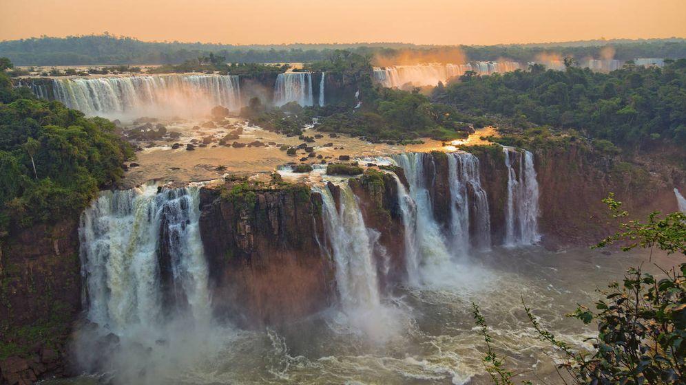 Foto: Las cataratas del Iguazú, en el Acuífero Guaraní, una de las grandes reservas de agua del mundo. (iStock)