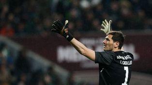 Casillas retrata a sus 'haters': ¿Alguien te dice lo que tienes que escribir? Creo que sí