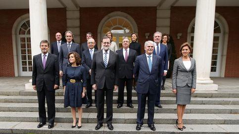 El PSOE marca perfil frente a Podemos y exige ya que los ministros vayan al Congreso