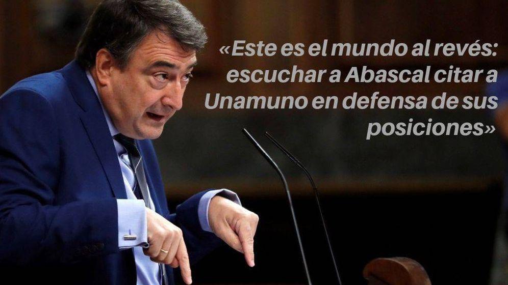 Foto:  Aitor Esteban (PNV) durante el debate de investidura (EFE)