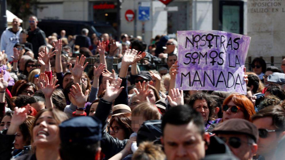 Dos de Mayo: cacerolada y gritos contra la sentencia de La Manada en Sol