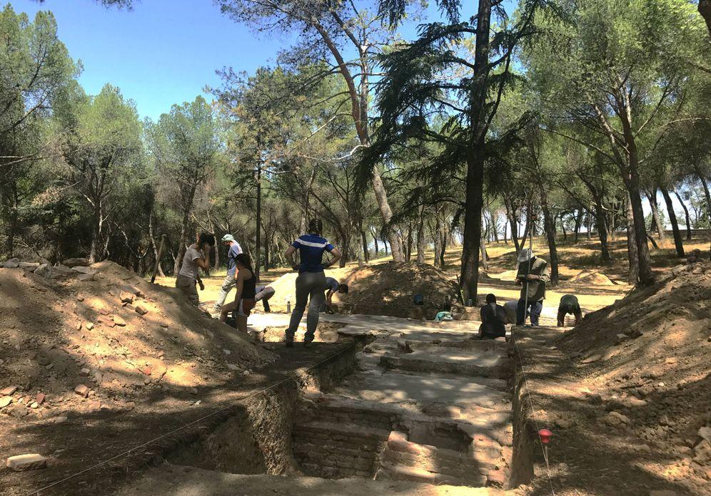Foto: Excavaciones arqueológicas en Ciudad Universitaria dirigidas por Alfredo González-Ruibal (P.C.)