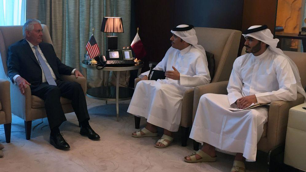 Foto: Reunión del secretario de Estado de EEUU, Tillerson, con el ministro de Exteriores de Qatar, 11 de julio. (REUTERS)