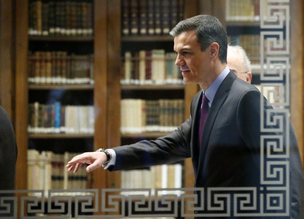 Foto: Pedro Sánchez, este 4 de abril en la sede de la Real Academia Española, en Madrid. (EFE)