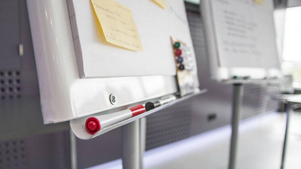Foto: Pizarras magnéticas de pared para escribir y dibujar usando rotuladores (Foto: Pixabay)