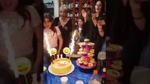 Una niña se prende fuego en su cumpleaños
