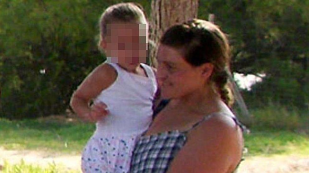 La madre de la mujer que degolló al bebé: Tenía que salvar el mundo