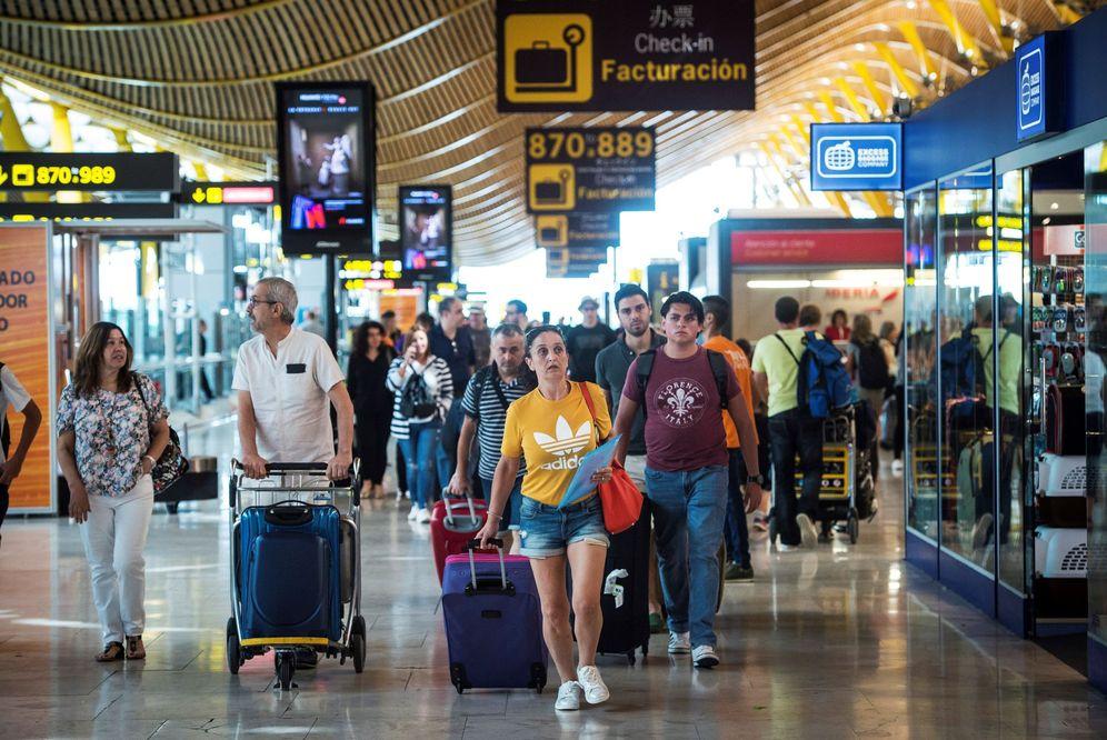 Foto: La huelga estaba programada en plena operación salida para muchos españoles. (EFE)