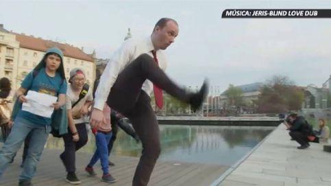 ''Haciendo el tonto'': original desfile por el centro de Budapest
