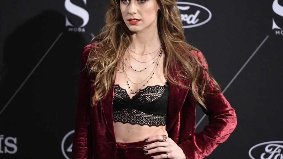 El de Manuela Vellés y otros ejemplos de que se puede lucir escote con elegancia