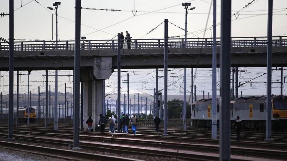 Foto: Imagen de archivo de una vía de tren. (Efe)