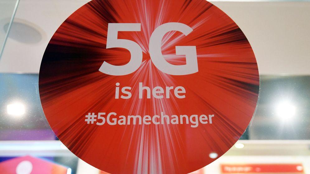 Bofetada de Reino Unido a Huawei y EEUU: veta su red 5G pero no como le pedía Trump