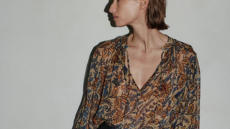 La camisa de Massimo Dutti ideal para ir de la oficina a una cita con amigas