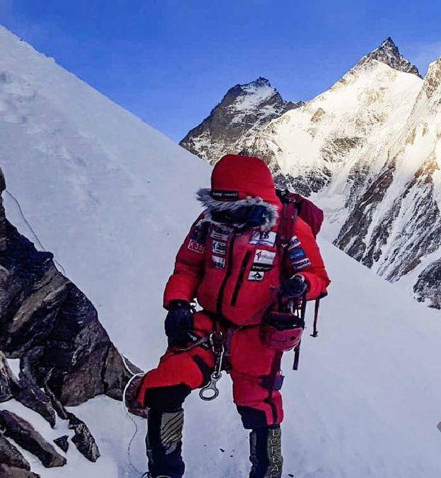 Foto: Alex Txikon en el K2. (Twitter @AlexTxikon)