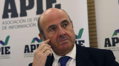Guindos esperará a que suba la cotización para colocar más paquetes de Bankia