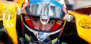 Post de Una carrera que se complica: Carlos Sainz se comió una curva, pero también una sanción