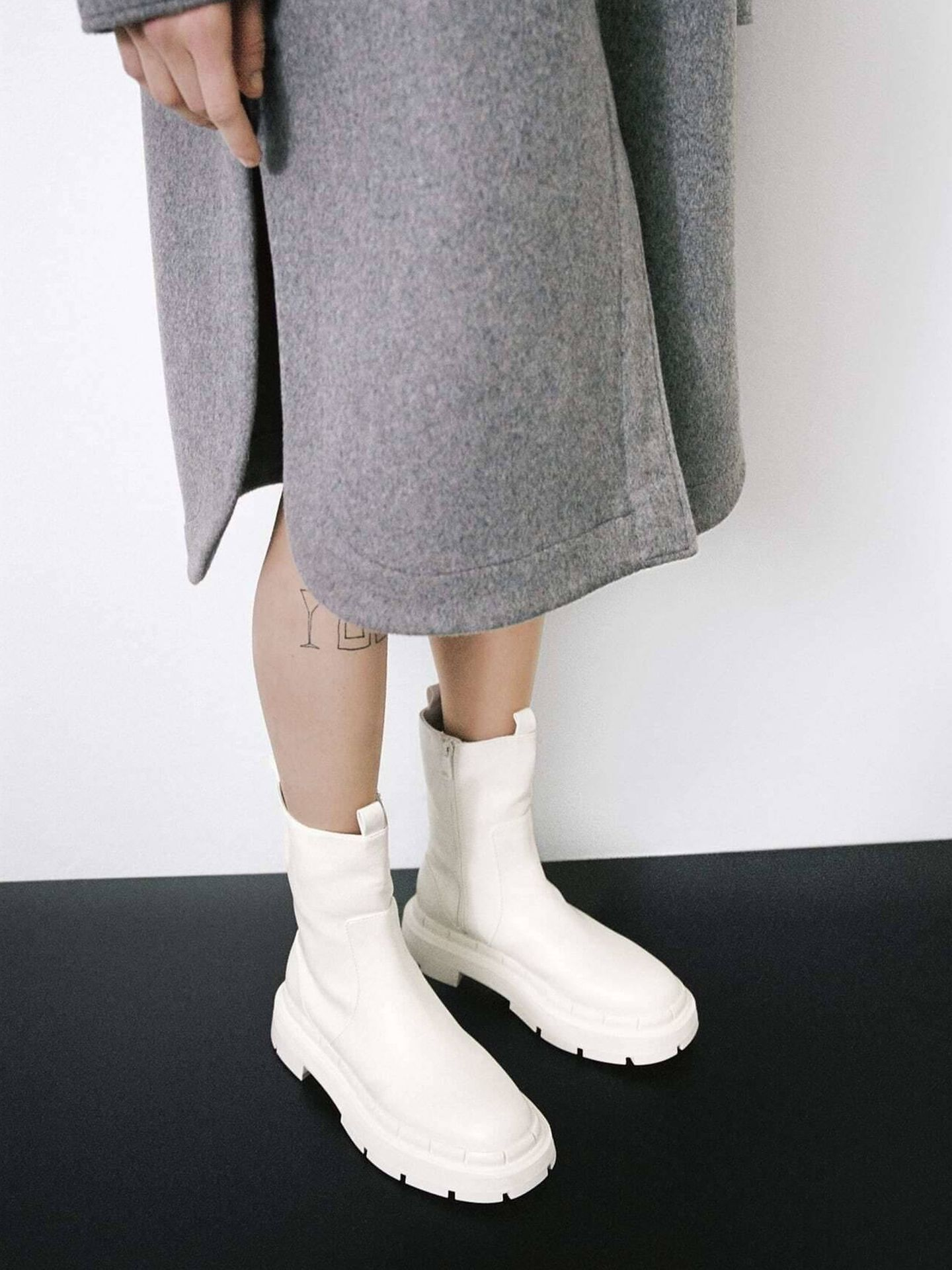 Las botas track de Zara que lleva Marta Hazas. (Cortesía)