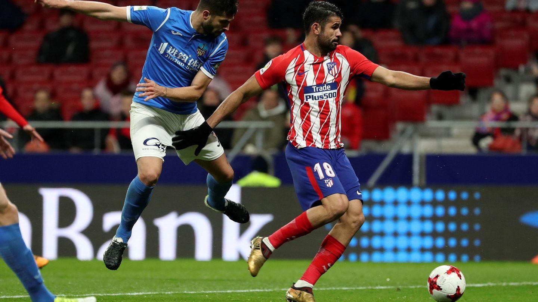 Costa dio un muy buen pase de gol. (EFE)