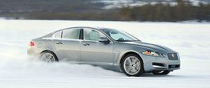 Jaguar se pasa al 4x4