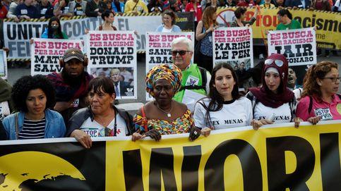 Unas 3.500 personas marchan en Barcelona contra Vox y la xenofobia: No pasarán