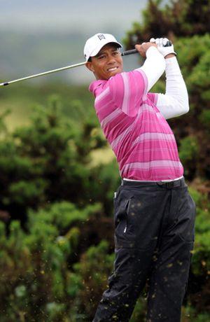 Tiger Woods mantiene una relación sentimental con una joven  de 22 años