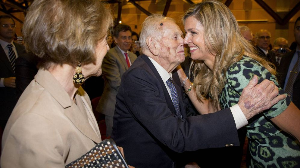 Foto: La reina Máxima junto a sus padres, Jorge y Carmen. (Cordon Press)