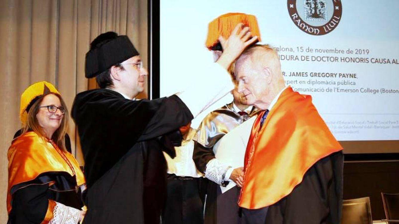 Gregory Payne, doctor honoris causa por la Universidad Ramon Llull