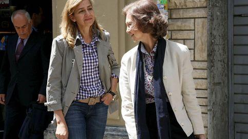 Cuando los Reyes y sus hijos (doña Letizia incluida) paseaban relajados por Barcelona