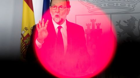Rajoy tira de 'marianismo' e intenta imponer la calma en las filas del PP
